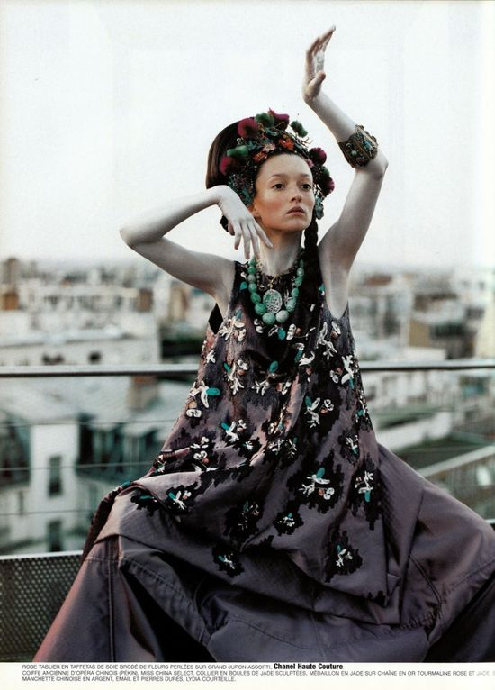 Couture-de-monde-by-ruven-afanador-vogue-paris-6-735x1024