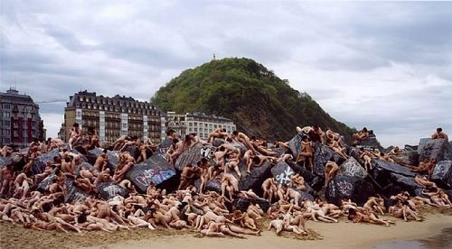 Spencer-tunick-11